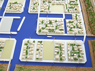 Floating low density village (Arahama Project)